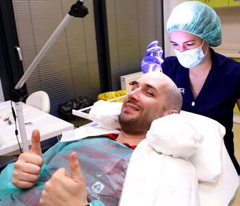 HIMG hajbeültetési Klinika
